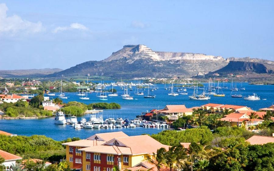 Curacao una de las Islas mas bellas del Caribe que podrás conocer haciendo el Tour en el Crucero Pullmantur Monarch
