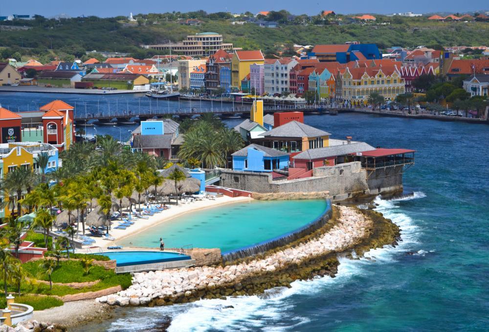 Curacao una de las islas mas hermosas que nos ofrece el Crucero Pullmantur