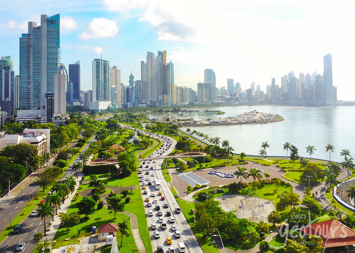 Planes y tours a Panama Viernes Negro desde Medellín