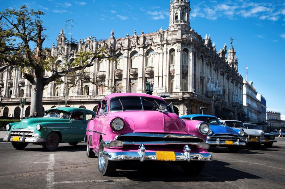 Viajes a Cuba y Panamá desde Colombia